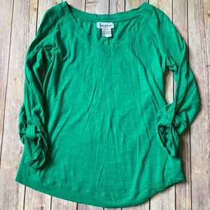 Belly By Design Kelly Green Maternity Top